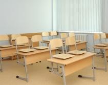Парты и стулья на плоскоовальной трубе, цвет - серебро